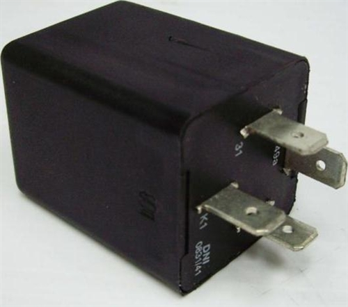 Flasher Relay Blinker Relay 4 Prong 12 Volt 196870 Type 1 and